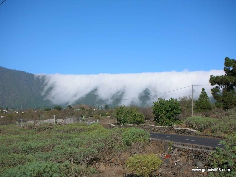 Mar de nubes, La Palma, geología, geotecnia, estudios geotécnicos, departamento de geologíade Geocivil 98