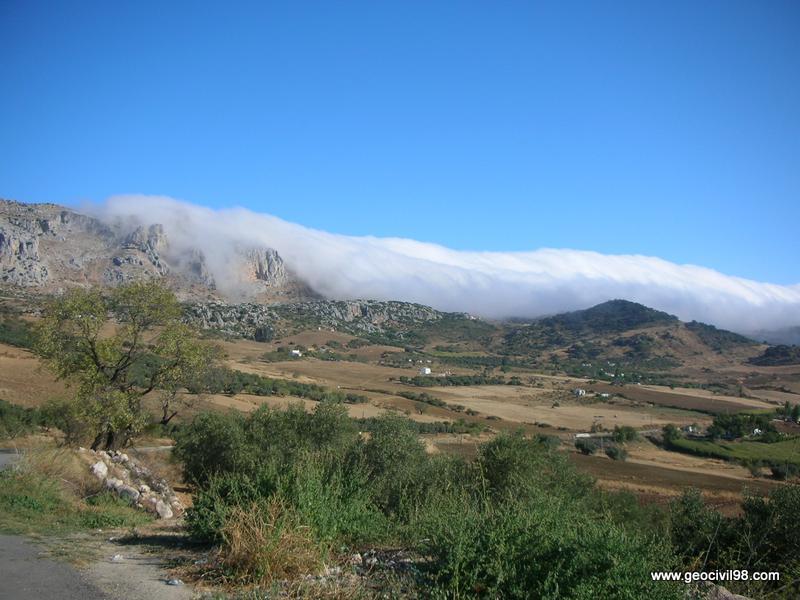 Mar de nubes, Torcal de Antequera, departamento de geología de Geocivil 98