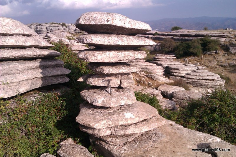 Monumento natural del Tornillo del Torcal. Torcal de Antequera, departamento de geología de Geocivil 98